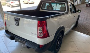 2011 Nissan NP200 1.6 Safety Pack full